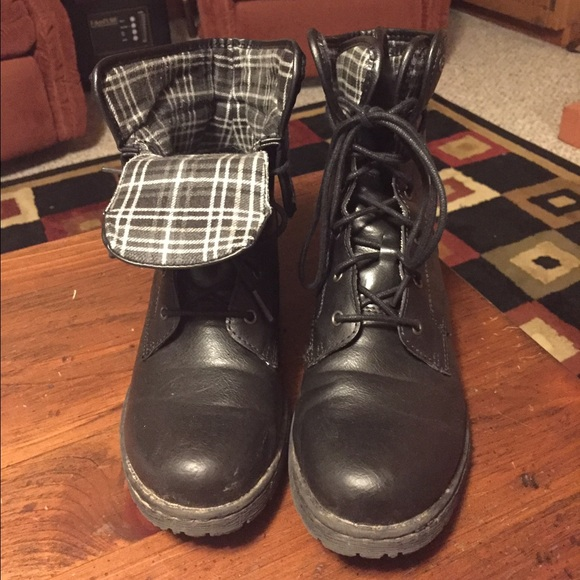 62 born shoes black combat b 248 c boots with flannel