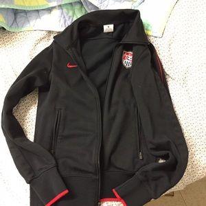 Nike women's USA soccer zip