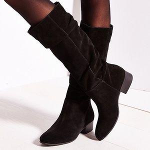 a9d0992d8b6 Steve Madden Shoes - STEVE MADDEN Ponderosa Black Suede Boot