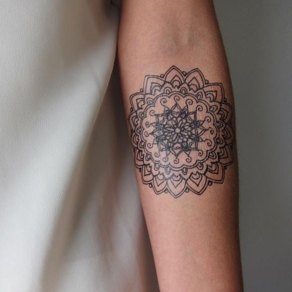 23419cc87718a Flash Tattoo Accessories | Medium Sized Mandala Hand Drawn Temporary ...