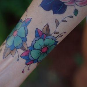 Flash Tattoo Accessories - Cute Vibrant Cherry Blossom Temporary Tattoo