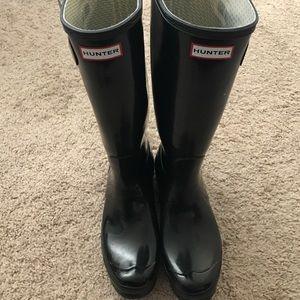 6199eb10d0c1 Hunter Shoes - Hunter Rain Boots Original Gloss Black size 10 (f)