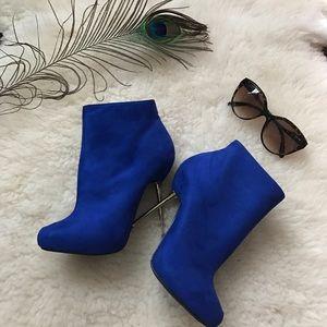 shoedazzle Shoes - Royal Blue boots💋
