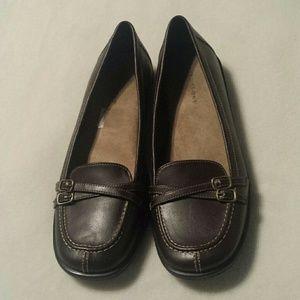 Predictions  Shoes - Predictions Brown Flats Size 9