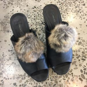 Adorable faux fur shoe clips