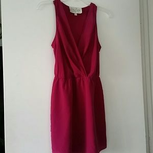 100% silk dress, color is fuchsia, better than pic