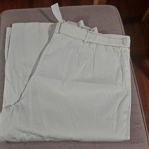 White Stag Pants - Cute Capris