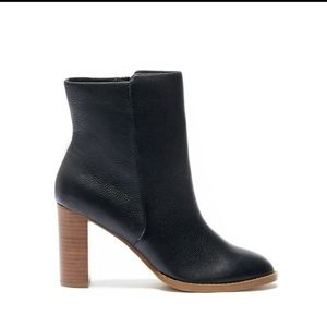 Sole Society Shoes - Sole Society Black Booties