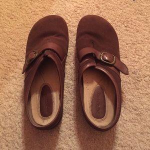 European Culture Shoes - Comfy Brown Slip on Shoes