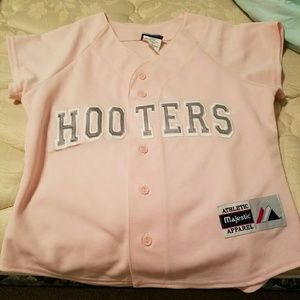 hooters majestic apparel