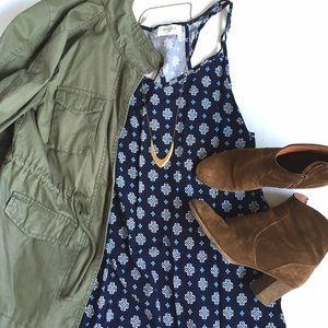 Everly Dresses & Skirts - NWT Everly Navy Open Keyhole Back Dress