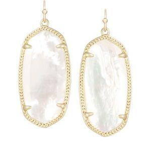Kendra Scott Elle Gold Earrings In Ivory Pearl