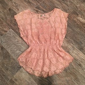 Flying Tomato Tops - Flying tomato boutique top