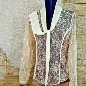 🚨3/$24🎯NWOT Lace M Long Sleeve Cream Blouse Top