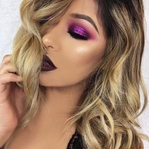 beautytreats Other - Purple sparkle loose glitter makeup