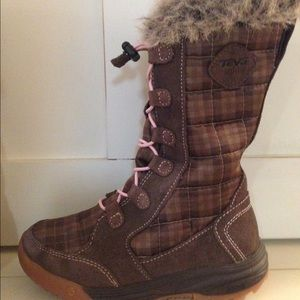Teva Other - Teva Lenawee Waterproof Boot - Girl's Size 12