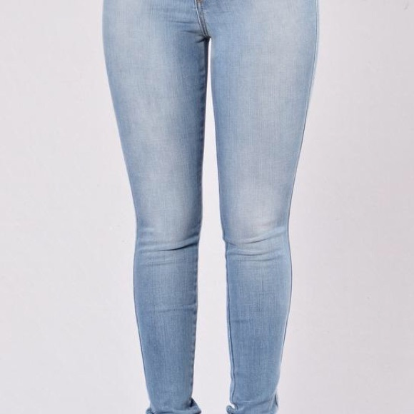 Fashion Nova Jeans - Classic High Waist Jeans - Light Blue