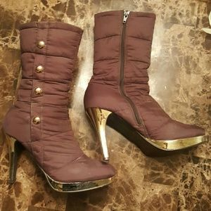 Mid calf zip up boot