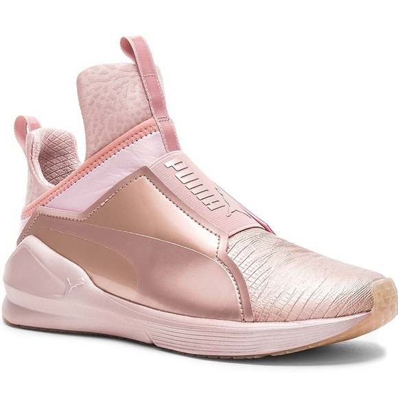 light pink puma sneakers
