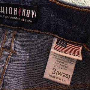 Fashion Nova Jeans - Classic High Waist Jeans - Medium Blue