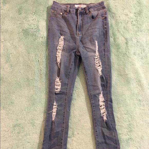 Fashion Nova Jeans - Off Shore Jeans