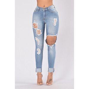 Fashion Nova Jeans - Glistening Jeans Medium Blue