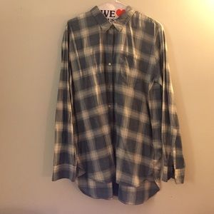 GAP Tops - GAP Plaid Boyfriend Shirt