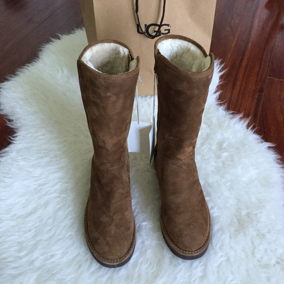 819477c435e UGG women New ABREE TALL boots🐨one day price🔴🔴 NWT