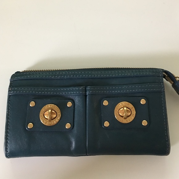 6ad631994e5 Marc by Marc Jacobs Totally Turnlock Wallet/Clutch.  M_582c814b9c6fcfb60b041969