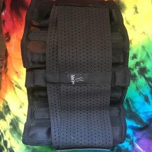Prima Donna Accessories - Sweat fitness belt!