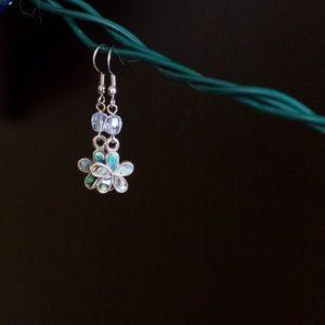 Jewelry - Flower earrings