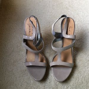 Badgley Mischka Shoes - Badgley Mischka heels!