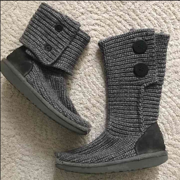 27c473296a4 Girls 2 grey Classic Cardy medium UGG Boots