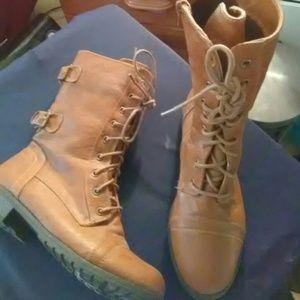 Shoes - Combat boots size 9