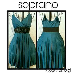 Soprano Dresses & Skirts - SOPRANO Pleated Dress