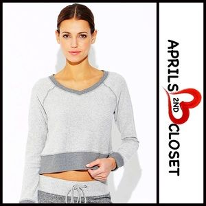 Central Park West Tops - ❗1-HOUR SALE❗RAGLAN Long Sleeve Tee Crop Top
