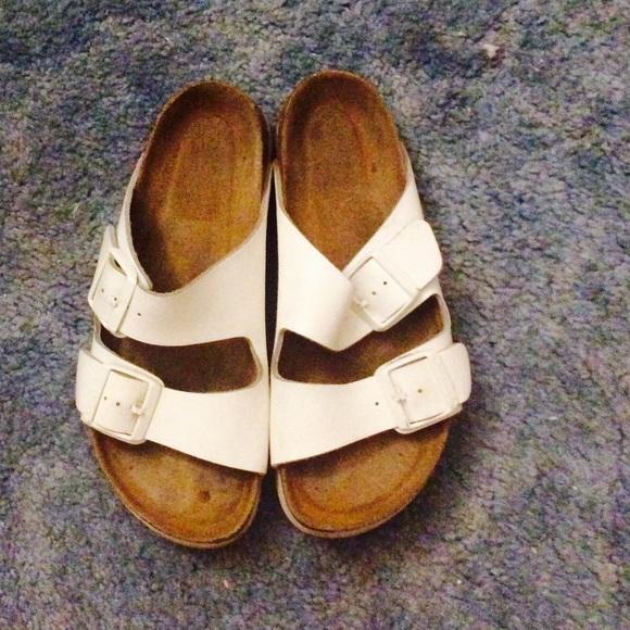 7beb39db1b3 Birkenstock Shoes - Birkenstock Arizona Soft Footbed Leather Size 38