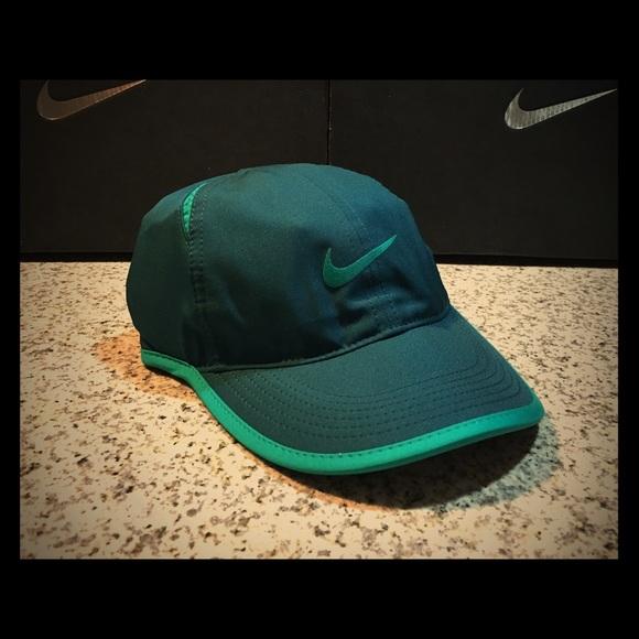 Women s Nike Featherlight Tennis Hat Retro Green 8251333cb9