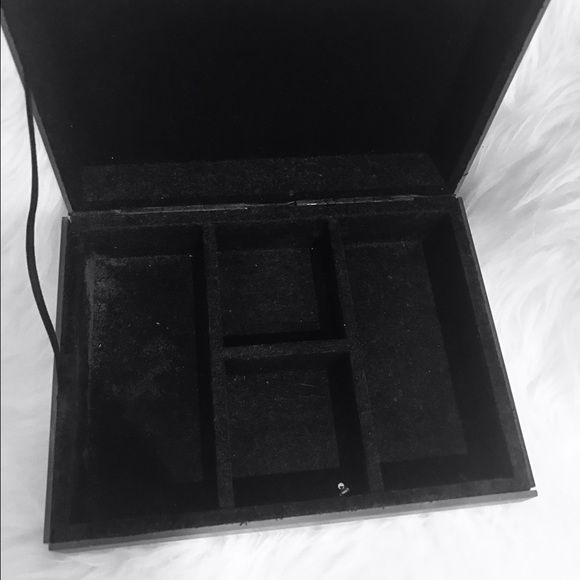 Jewelry - Double Mirrored Jewelry Box