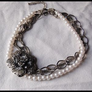 Silver & Pearl Colored Flower Statement Necklace