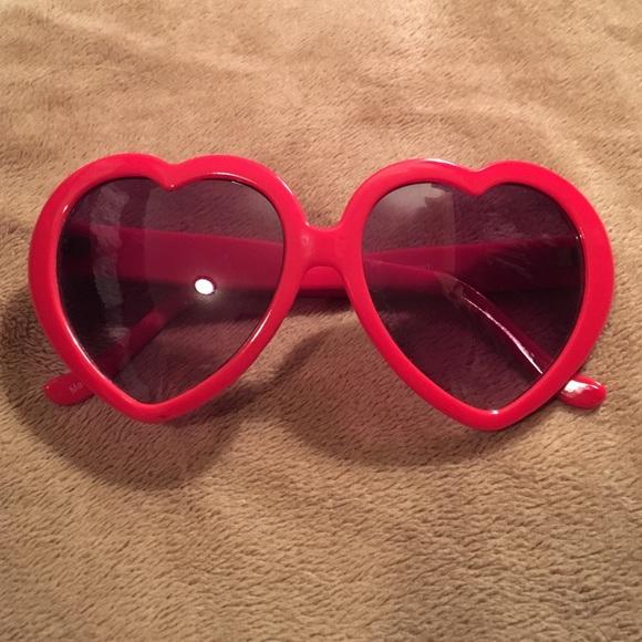 b80fb9a4fb2c5 Heart Shaped Sunglasses