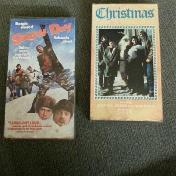 Christmas Comes To Willow Creek.Two Vhs Christmas Tapes