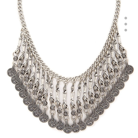 Forever 21 Jewelry - Festival Statement Necklace