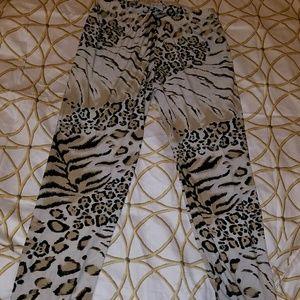 Animal print leggins