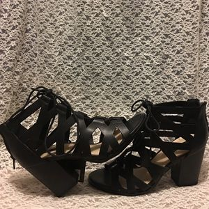 F21 Black Wedge Heels