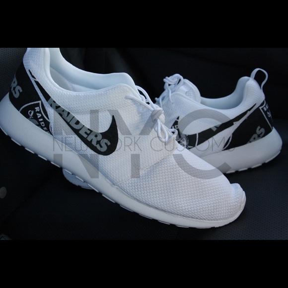 3661d2c33c635 Oakland Raiders Nike Roshe One White Custom Men