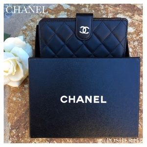CHANEL Handbags - CHANEL BLACK QUILTED WALLET