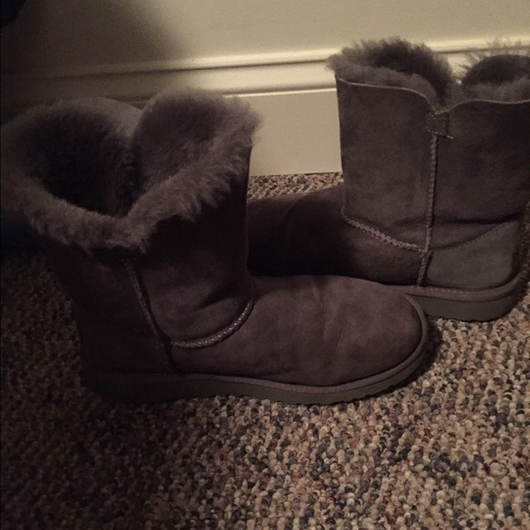 55 ugg shoes uggs with ugg cleaning kit from