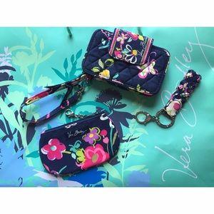Vera Bradley Handbags - Ribbons bundle 💗🎀