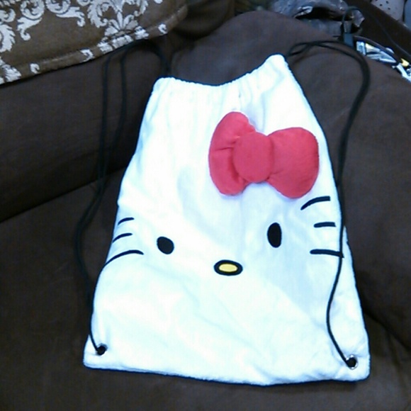 d4c096d340 Hello Kitty Other - So cute hello kitty cinch bag